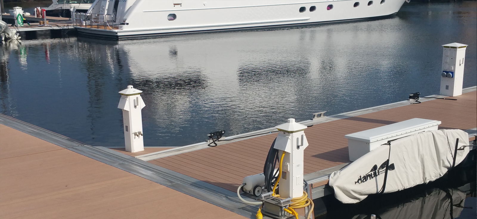 Power Pedestal Selection: Powering Your Dock with Power Pedestals